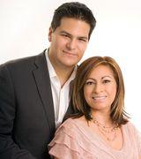 Profile picture for Malena & Alex Ibarra