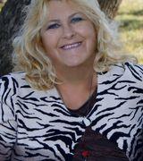 Profile picture for Ella Carter