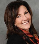 Dee Webster, Real Estate Pro in Plainville, MA