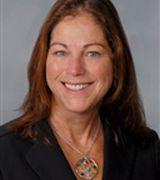 Diane Haugland, Agent in Babylon, NY
