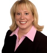 Suzanne Linn, Real Estate Agent in Little Canada, MN