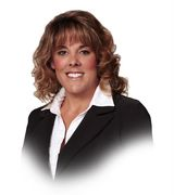 Robin Karcich, Real Estate Agent in Simi Valley, CA