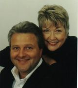 Jerry and Gwen Hart, Agent in Lake, MI