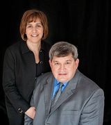 Profile picture for Dwayne & Maryanne Moyers