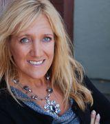 Theresa Halvorson, Agent in Fargo, ND
