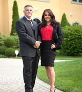 Frank Lardino and Ivette Hollendoner, Real Estate Agent in Orland Park, IL