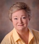 Barbara Wanamaker, Real Estate Agent in Huntington, NY