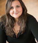 Julia Barringer, Real Estate Agent in Greenwood Village, CO