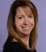 Tara Iacucci, Real Estate Agent in Dix Hills, NY