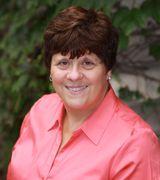 Sue Pearce, Agent in Lombard, IL