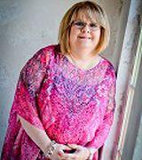 Profile picture for Lorrie Nicolas