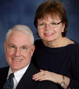 Peter and Lynne McKee, Agent in Delmar, NY