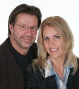 Doug Nachtsheim and Eva Spenny, Real Estate Agent in North Oaks, MN