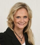 Cristie Maki, Agent in Plymouth, MN