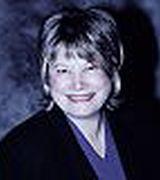 Ellie Lumsden, Agent in NV,