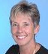 Carolyn Voet, Real Estate Pro in PALM DESERT, CA