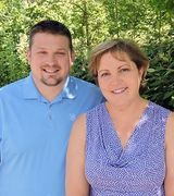 Julie Fugate and Chris Kish, Real Estate Agent in Tualatin, OR