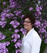 Carole Higgi…, Real Estate Pro in Suttons Bay, MI