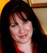 Profile picture for Tracey Roman