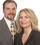 Profile picture for Tom & Shannon Combs