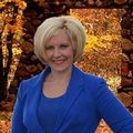 Tiffany Holtz, Real Estate Agent in Appleton