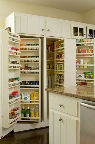Traditional Pantry with Laminate floors, Standard height, Simple granite counters, Daltile Granite in New Venetian Gold