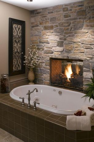 Rustic Master Bathroom with Coronado 15-sq ft Florentine Villa Stone Veneer, Stacked stone wall