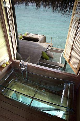 Contemporary Master Bathroom with Laminate floors, Prizma studio - tulip glass bathtub, Master bathroom