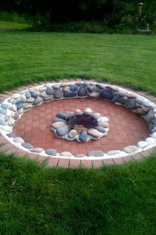 Traditional Landscape/Yard with exterior brick floors, Fire pit