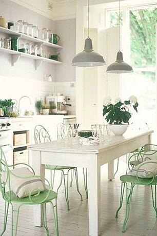 Cottage Kitchen with Foto, Subway Tile, Farmhouse sink, Pendant light, Limestone counters, dishwasher, Hardwood floors