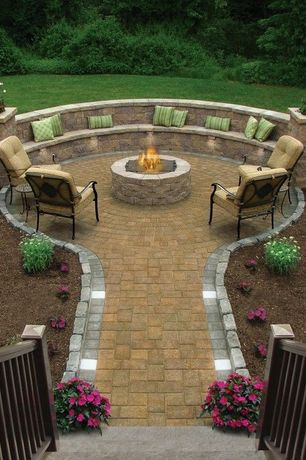 Traditional Patio with Fire pit, Pathway