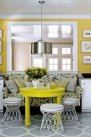 Traditional Dining Room with Pendant light, Carpet, Standard height, Crown molding