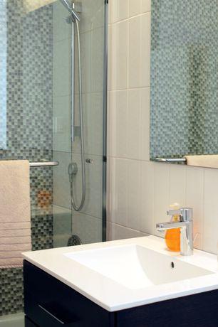 Contemporary 3/4 Bathroom with frameless showerdoor, Undermount sink, European Cabinets, Handheld showerhead
