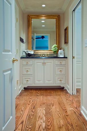 Traditional Master Bathroom with Undermount sink, specialty door, Master bathroom, Raised panel, Soapstone counters