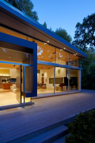 Contemporary Deck with Pathway, Transom window
