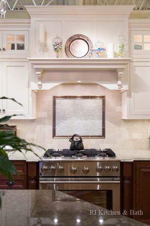 Traditional Kitchen with Flush, Raised panel, Stonemark Granite-Granite Countertop in Absolute Black, High ceiling, One-wall