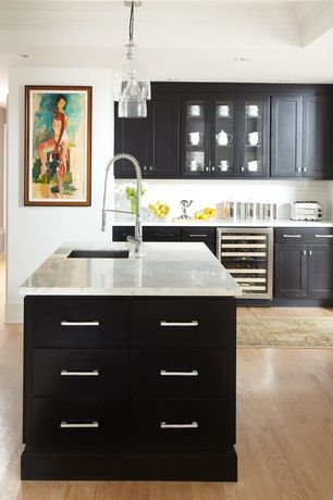 Contemporary Kitchen with Paint 1, Flat panel cabinets, European Cabinets, Glass panel, Subway Tile, Paint 2, Standard height