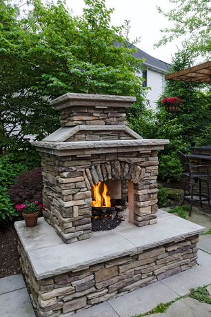 Rustic landscape and yard design ideas pictures zillow for 2 way fireplace