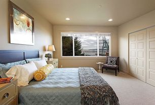 Modern Guest Bedroom with Masonite riverside smooth 10-panel hollow-core primed composite interior bi-fold closet door
