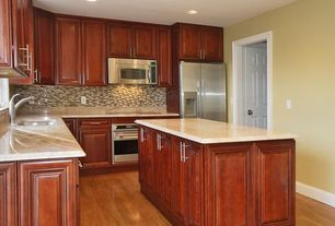 Modern Kitchen with L-shaped, Simple Marble, Hardwood floors, Raised panel, Kitchen island, Onyx, Undermount sink