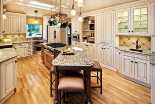 Traditional Kitchen with Bruce Plano Marsh Oak 3/4 in. Thick x 2-1/4 in. Wide x Random Length Solid Hardwood Flooring