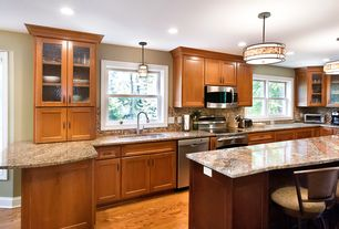 Craftsman Kitchen with Kitchen island, U-shaped, Flat panel cabinets, Oak - Praline 3 1/4 in. Solid Hardwood Plank, Flush