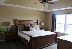 Craftsman Guest Bedroom with Ceiling fan, High ceiling, Carpet