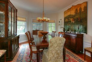 Traditional Dining Room