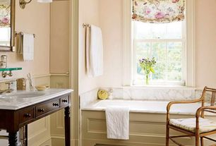 Traditional Master Bathroom with Bathtub, Complex marble counters, Standard height, Hardwood floors, Undermount sink