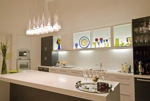 Contemporary Kitchen with Silestone White Zeus Extreme, High ceiling, Pendant light, Kitchen island, Undermount sink, Flush