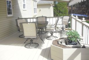 Traditional Deck with Deck Railing, Raised beds, Casement, double-hung window