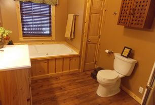 Country Full Bathroom with Hardwood floors, Flush, American Standard - Cadet 3 FloWise 2-piece 1.28 GPF Round Front