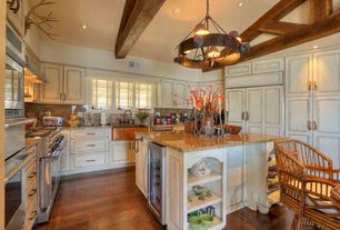 Country Kitchen with double oven range, Built In Panel Ready Refrigerator, Farmhouse sink, U-shaped, Breakfast nook, Flush