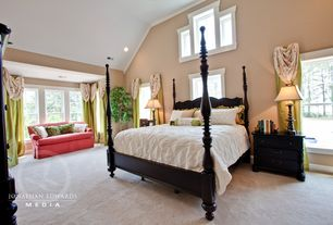 Traditional Master Bedroom with High ceiling, Crown molding, Carpet
